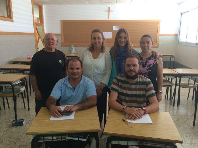 Colegio Los Olivos - Curso de Atención Telefónica